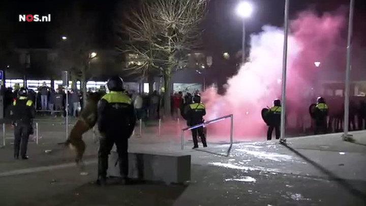 В Нидерландах разогнали митинг против мигрантов