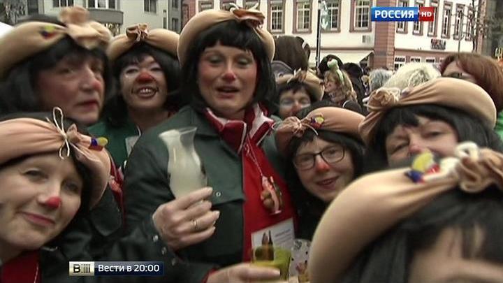 На карнавал в Кельне пришло больше полиции, чем участников