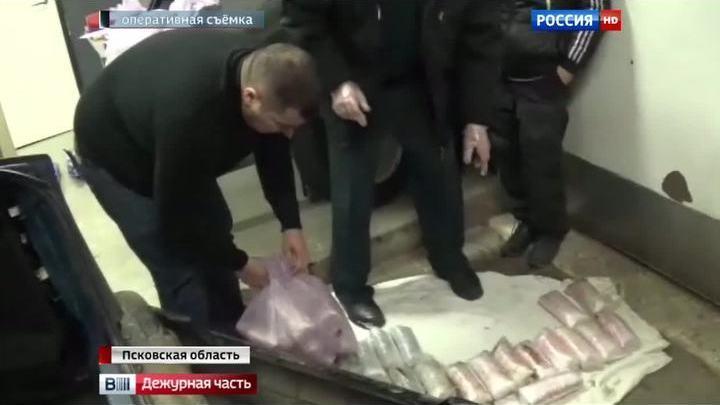 Псковские таможенники пресекли ввоз ста тысяч запрещенных таблеток