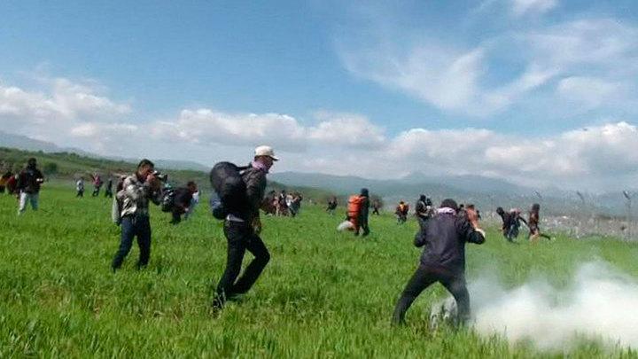 В ходе беспорядков в греческом лагере беженцев пострадали более 250 человек