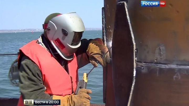 Работа по графику: за стройкой Крымского моста присмотрит Общественный совет