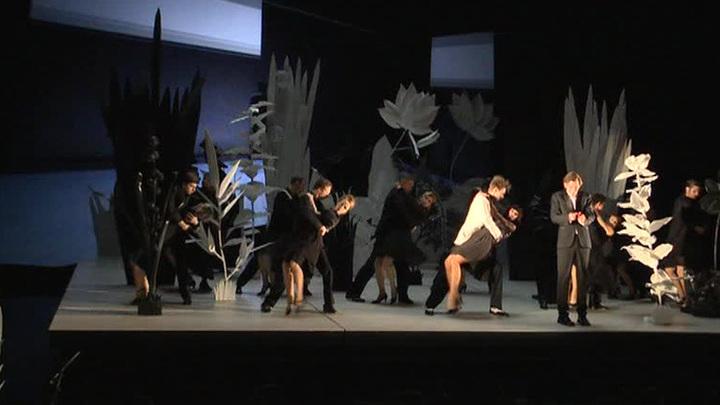 Премьера в МХТ, фестиваль Нуриева в Казани и открытие Каннского кинофестиваля