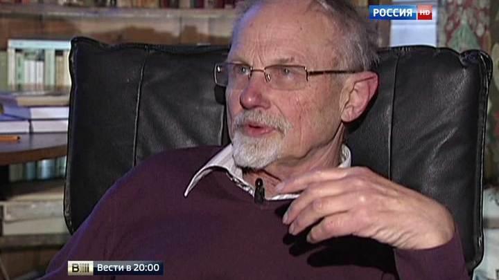 Никиту Струве похоронили рядом с дедом