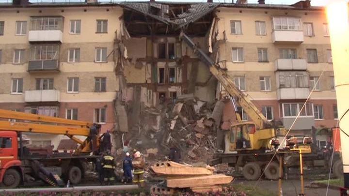 Дом с обрушившимся подъездом в Междуреченске снесут