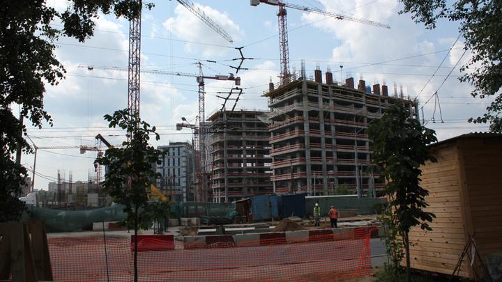 Стадиону «Динамо» до сдачи еще два годы
