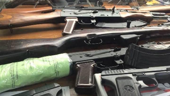 Во Владивостоке задержали банду черных оружейников