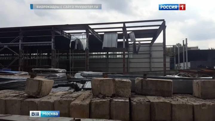 На юге Москвы при сносе самостроя пострадали четверо рабочих