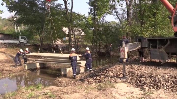 Ликвидировать последствия тайфуна Приморью помогут соседние регионы