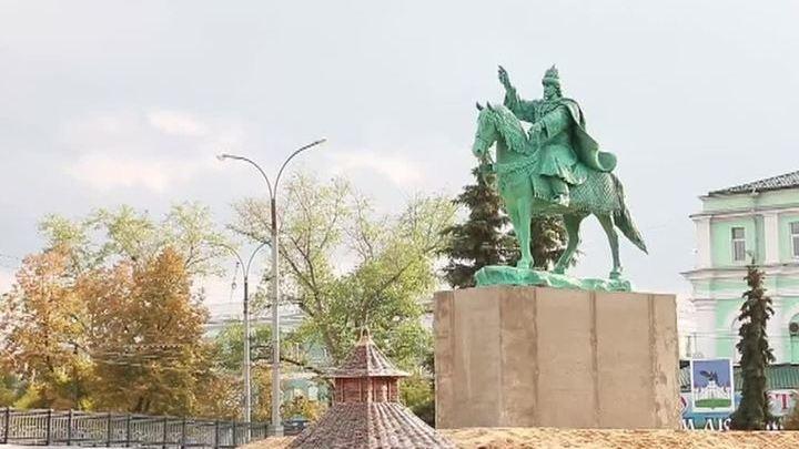 недорогие памятники в ярославле фото