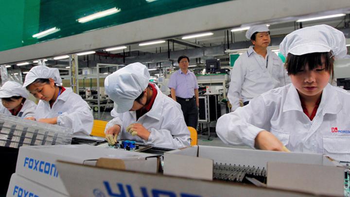 "СМИ: Foxconn намерена стать ""крутым"" брендом"
