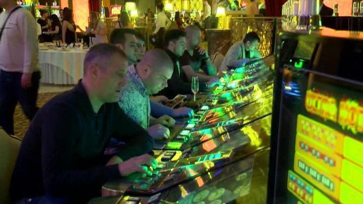 Москва ограбили китайское казино игра весёлая ферма русская рулетка