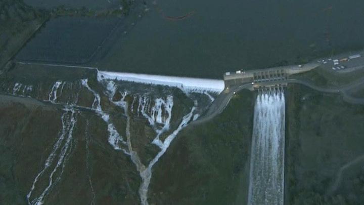 Калифорния под угрозой: размыв плотины в Оровилле поднимет восьмиметровую волну
