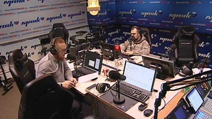 Сергей Стиллавин и его друзья. Мужчины Омска лучшим подарком на 23 февраля считают носки