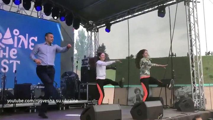 """Кличко поскакал под песню Спирс, чтобы отблагодарить волонтеров """"Евровидения"""""""