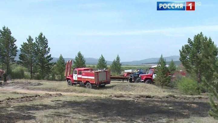 На тушение лесных пожаров стягивают дополнительные силы