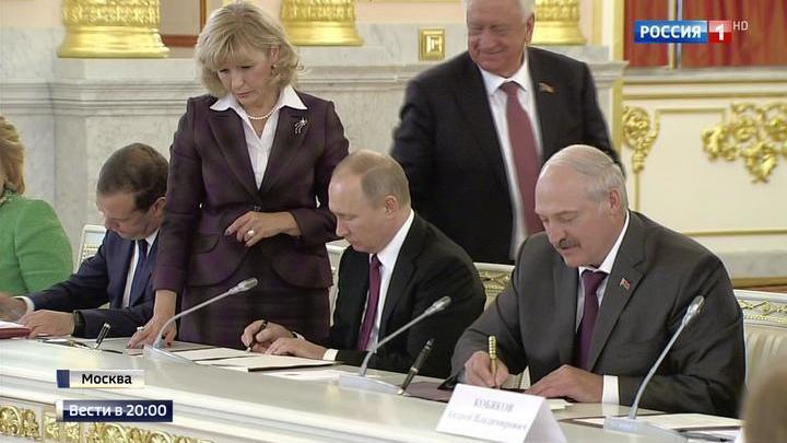 Путин и Лукашенко поставили задачу развивать современные технологии в Союзном государстве