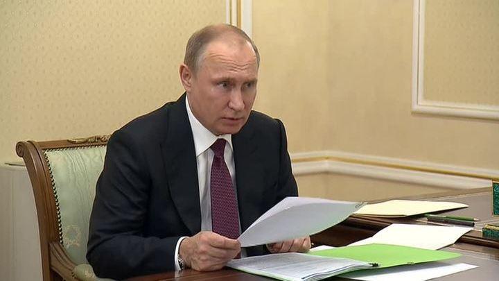 Путин попросит Генпрокуратуру разобраться с задержкой зарплаты в Нижнем Тагиле