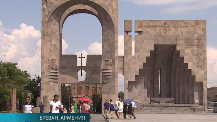 """В Ереване продолжается Международный кинофестиваль """"Золотой абрикос"""""""