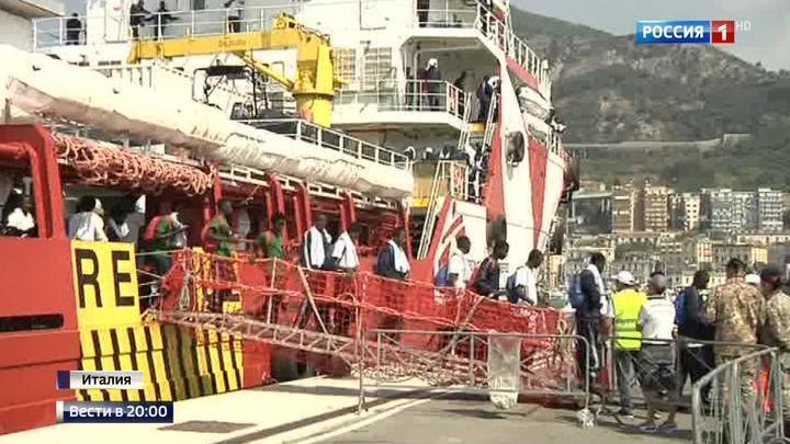 Италию заполняют трудоспособные молодые беженцы
