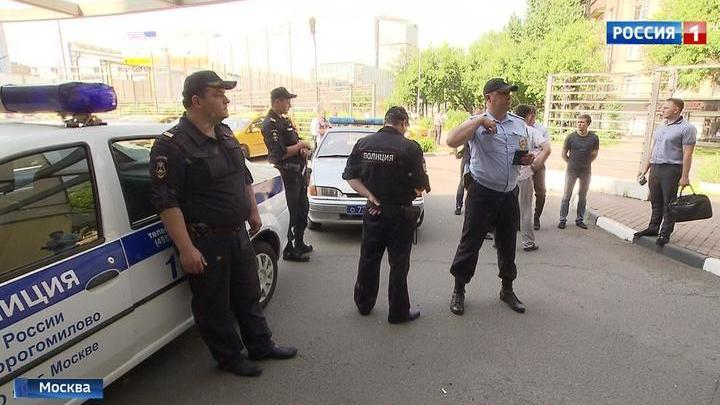 Секс женщин фото секс в россии за гаражами сиськи случайно