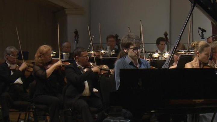 Люка Дебарг открыл программу Большого фестиваля Российского национального оркестра