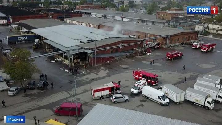На Амурской улице снова горел печально известный склад