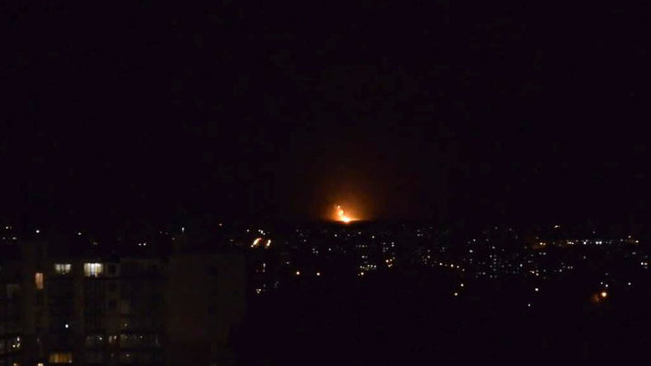 Под Винницей на Украине горят склады боеприпасов