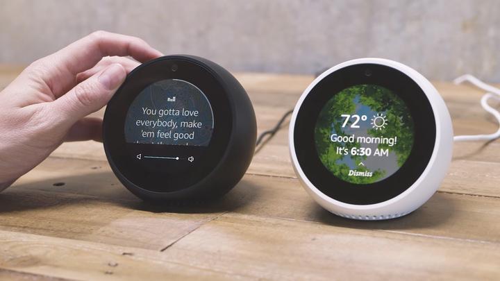 Лучшие разработчики компании Google занимаются созданием новой смарт-колонки с дисплеем и видеосвязью