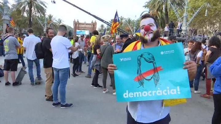 Политический суицид: мировая реакция на новости из Каталонии