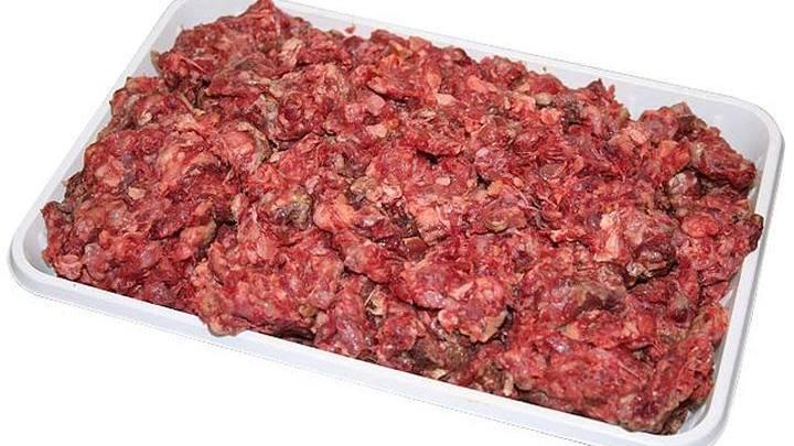 Несвежий мясной фарш.
