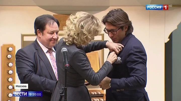Андрей Малахов получил Золотую медаль Николаева