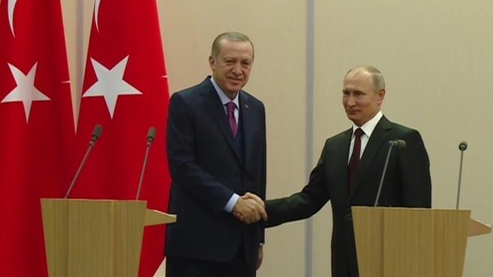 Эрдоган пригласил Путина на заливку фундамента турецкой АЭС