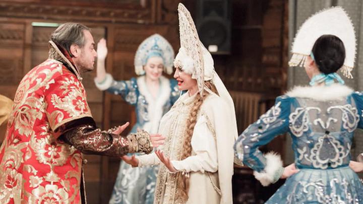 Две свадьбы - две крайности: Россию потрясли празднества имперского масштаба