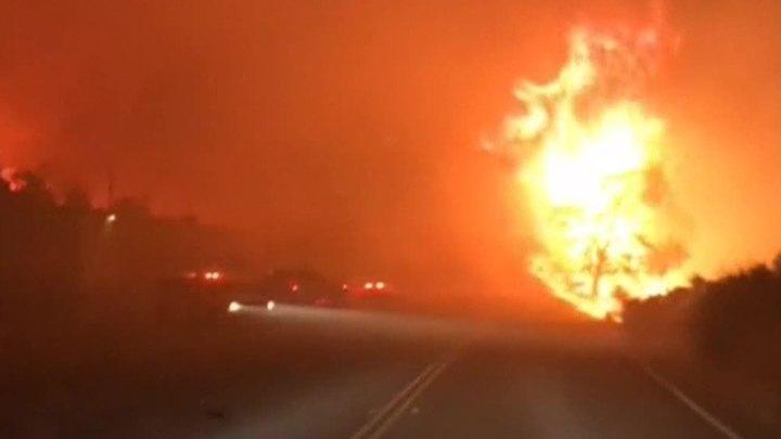 В Калифорнии 12 миллионов жителей получили предупреждения о пожарах