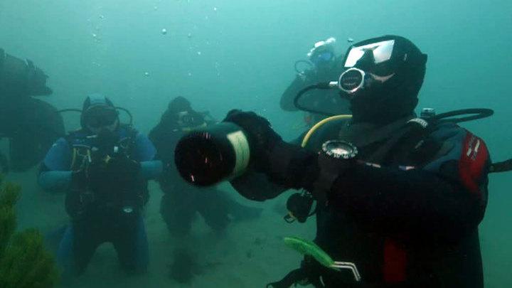 Креативный новый год в Крыму: средневековые бои и подводный Дед Мороз