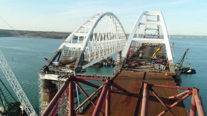 Строительство железнодорожной части Крымского моста выходит на новый уровень