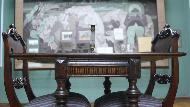 Ломберный стол из имения Салтыковых в Ермолино