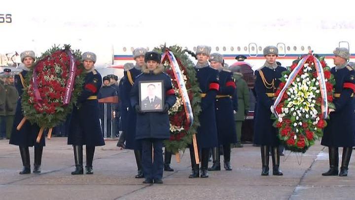 Герои не умирают: Россия прощается с Романом Филиповым