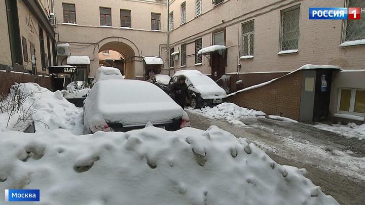Право резидента: часть платных парковок в столице отдают в руки местных жителей