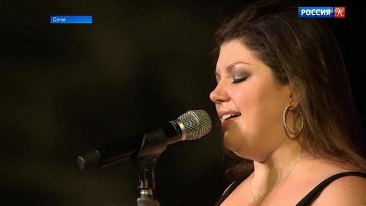 Певица Джейн Монхайт открыла гала-концерт Зимнего фестиваля искусств