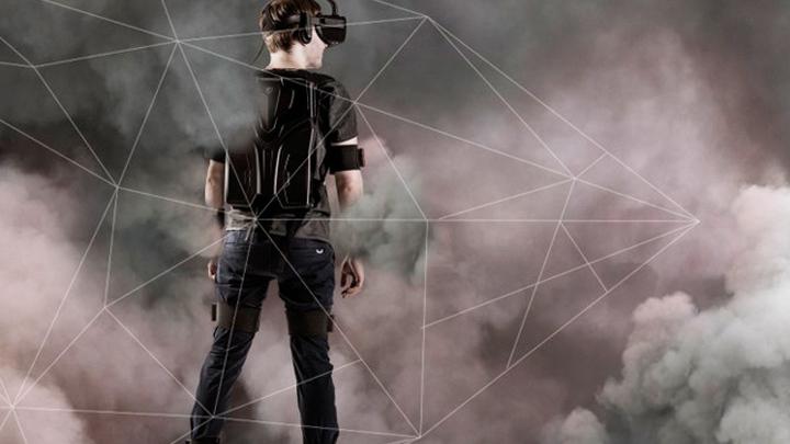 Погружение в гиперреальность (VR - виртуальная реальность).