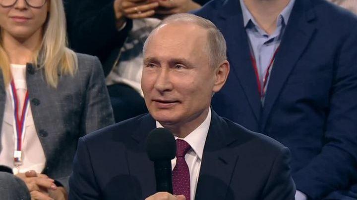 Путин - о коррупции, журналистике и социальных лифтах