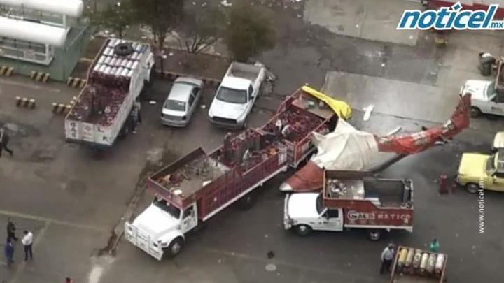 В Бразилии рухнул угнанный преступником вертолет, три человека погибли