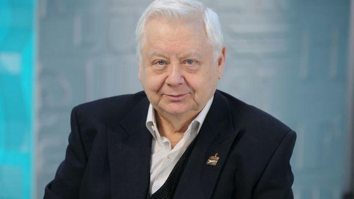 В Саратове откроют мемориальную доску Олегу Табакову