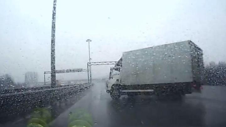 Вологда видеорегистратор секс в авто