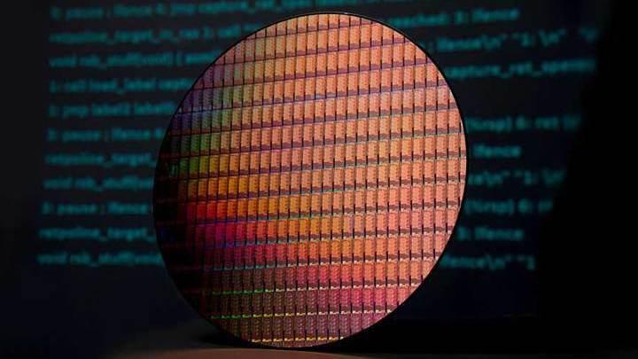 Intel выпустила сверхмощный шестиядерный чип Core i9 для ноутбуков