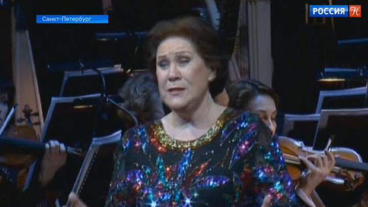 В Михайловском театре состоялся гала-концерт, посвященный 100-летию оперной труппы