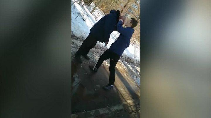 Зима быстрый секс в подъезде видео — 12