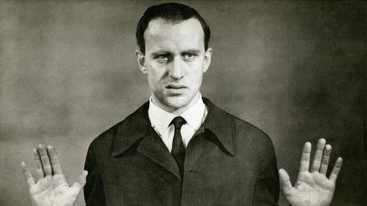 Борис Виан,  французский прозаик, поэт, джазовый музыкант и певец. Автор ряда модернистских эпатажных произведений