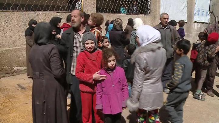 В освобожденный от боевиков Восточный Каламун начали возвращаться мирные жители
